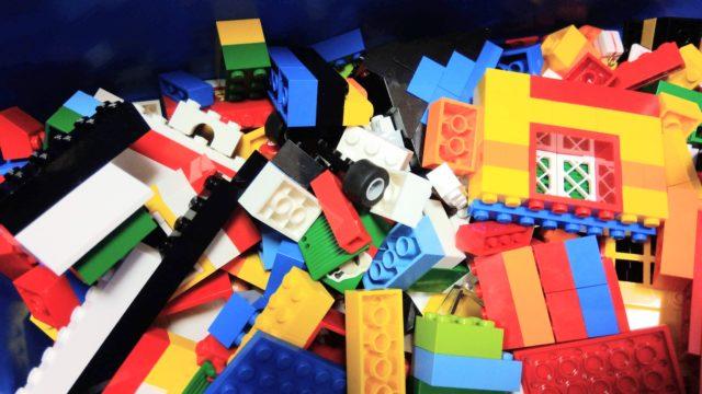 たくさんのレゴブロック